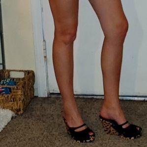 Prada shoes size 37.5 (7.5)  Authentic